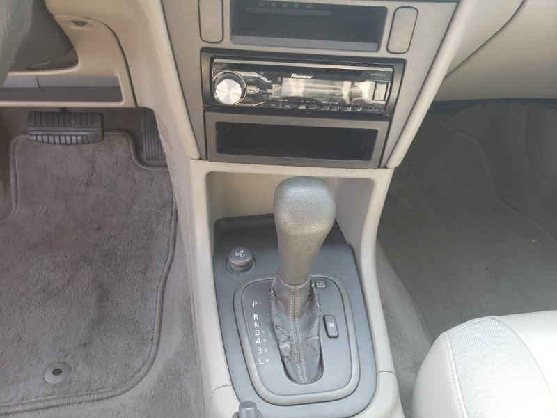 Volvo S40 2004 price $3,800 Cash