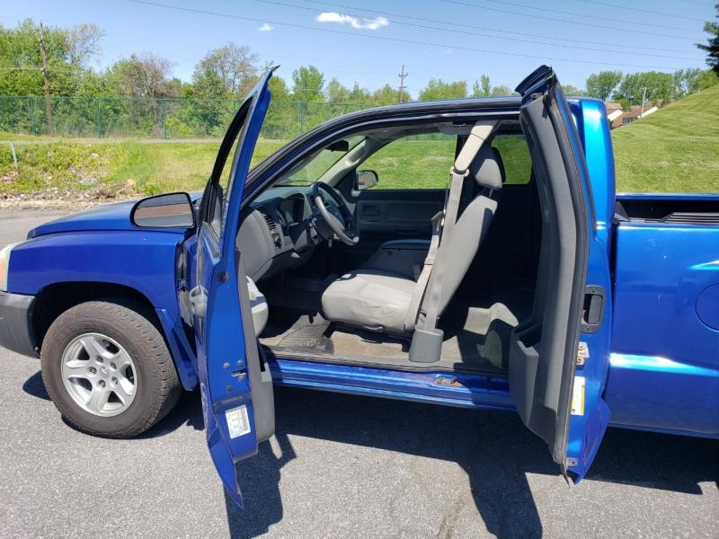 Dodge Dakota 2007 price $6,500
