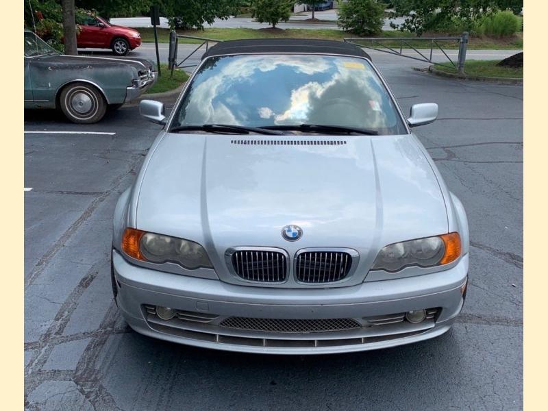 BMW 330 2003 price $3,250
