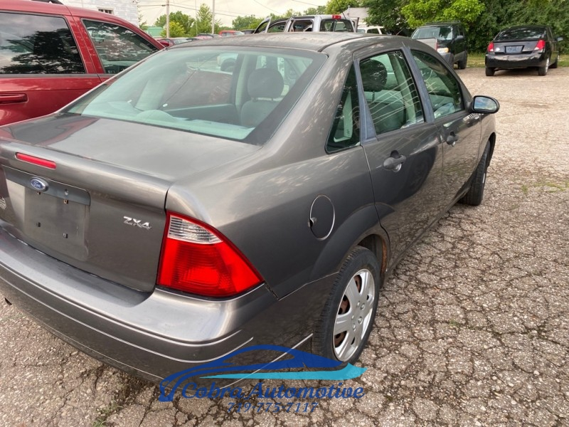 FORD FOCUS 2005 price $2,995