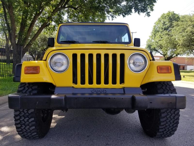 Jeep Wrangler 2002 price $13,499 Cash