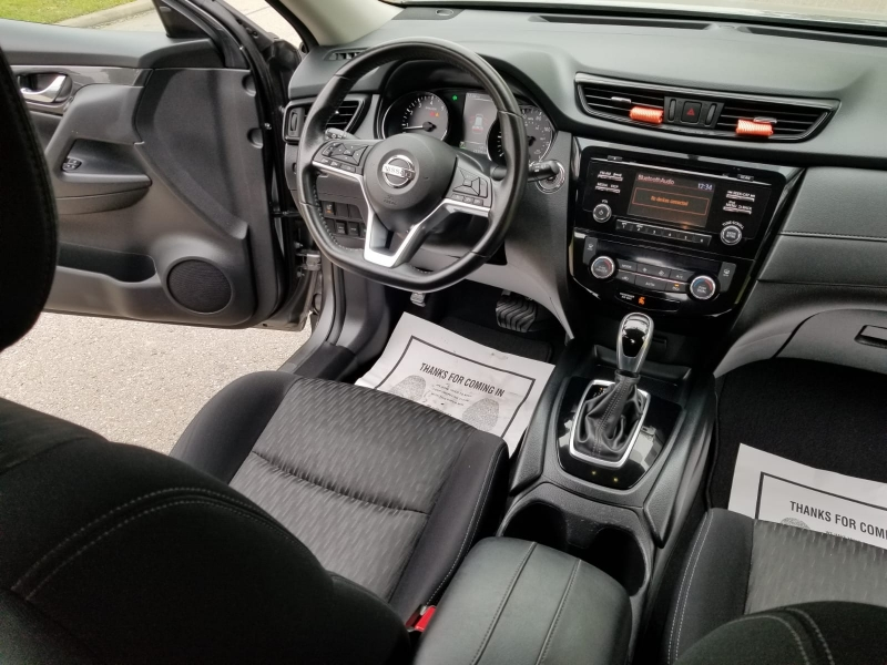 Nissan Rogue 2017 price $14,499 Cash