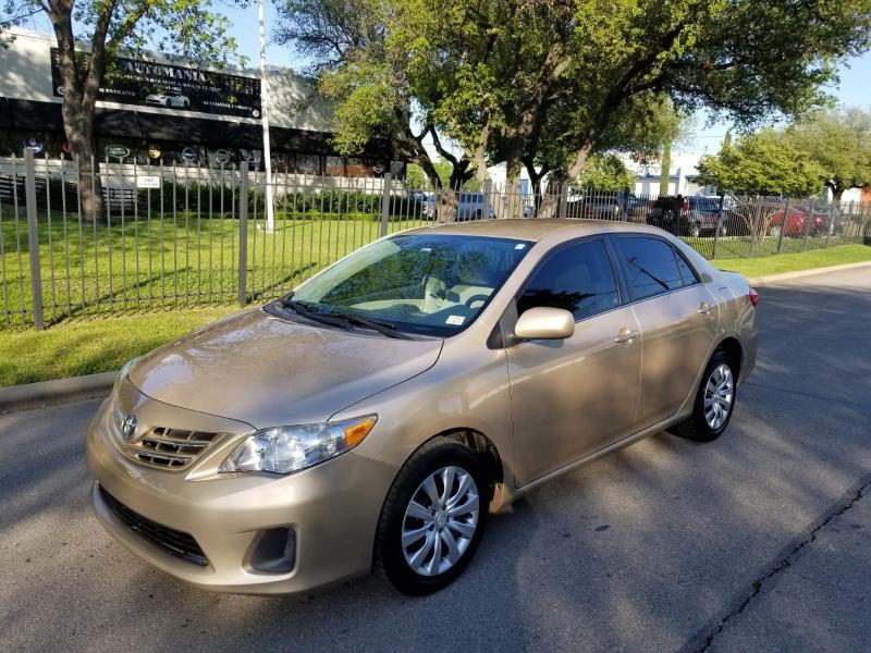 Toyota Corolla 2013 price $7,499 Cash