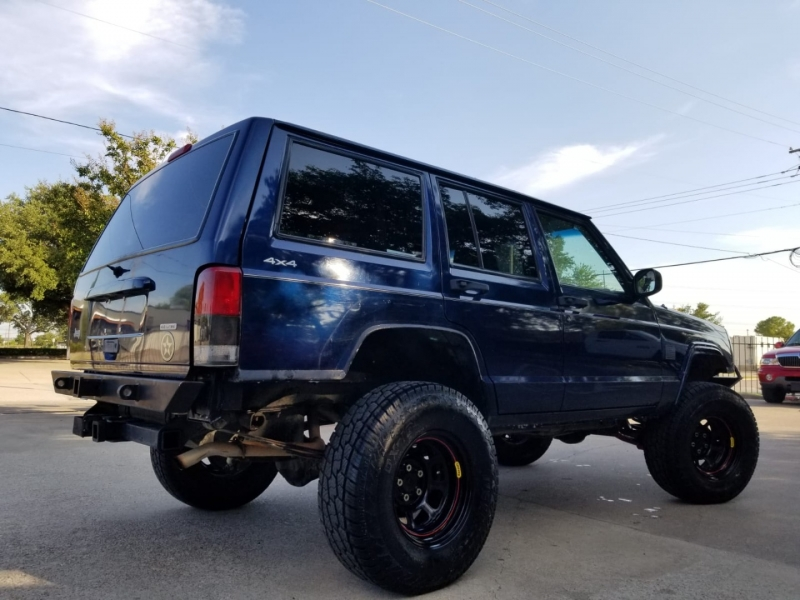 Jeep Cherokee 2001 price $7,999 Cash