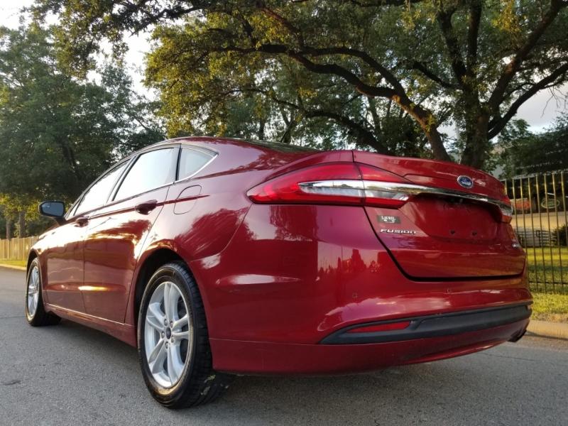 Ford Fusion 2018 price $9,999 Cash