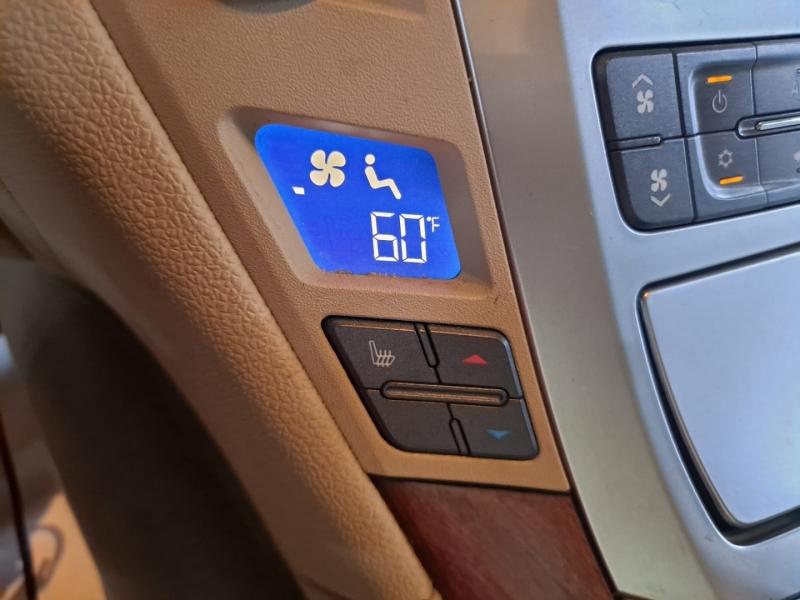 Cadillac CTS Wagon 2010 price $12,499 Cash