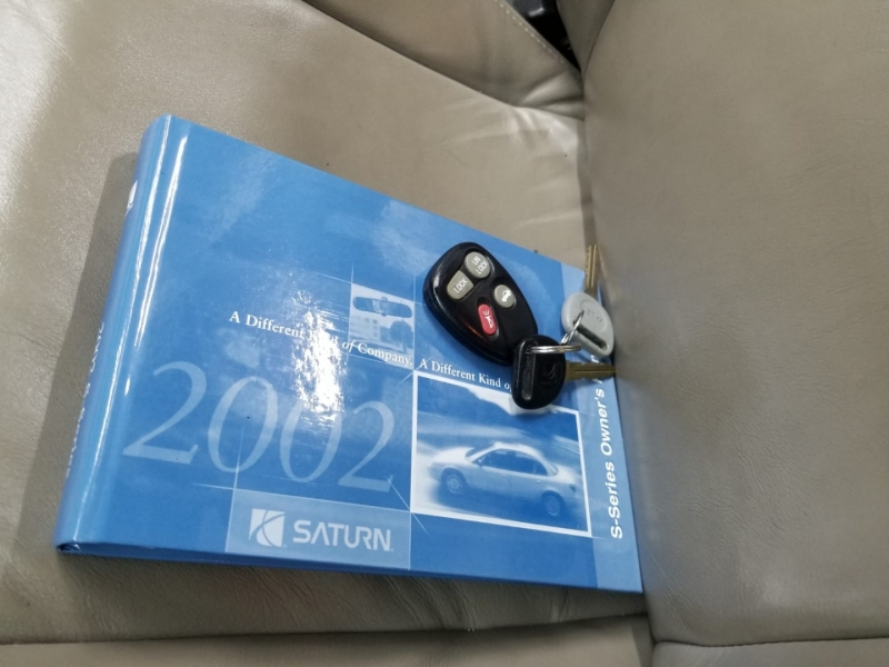 Saturn SL 2002 price $4,999 Cash