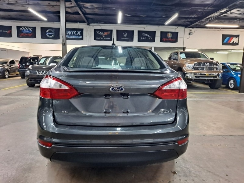 Ford Fiesta 2015 price $7,999 Cash