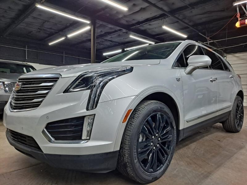Cadillac XT5 2017 price $25,999 Cash