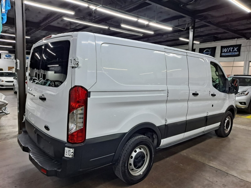 Ford Transit Van 2017 price $14,999 Cash