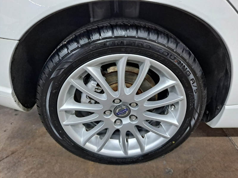 Volvo S40 2011 price $7,999 Cash
