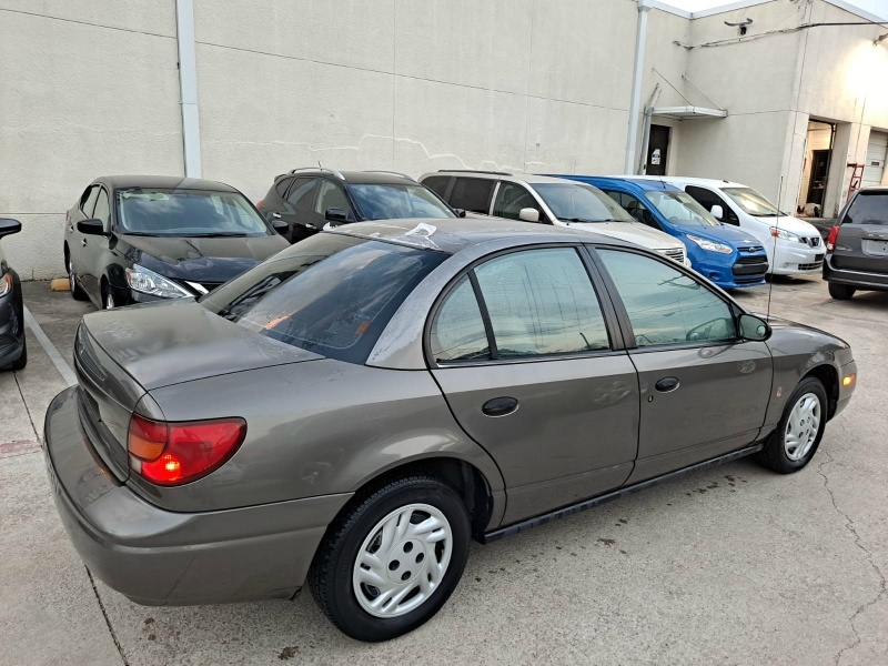 Saturn SL 2001 price $3,499 Cash