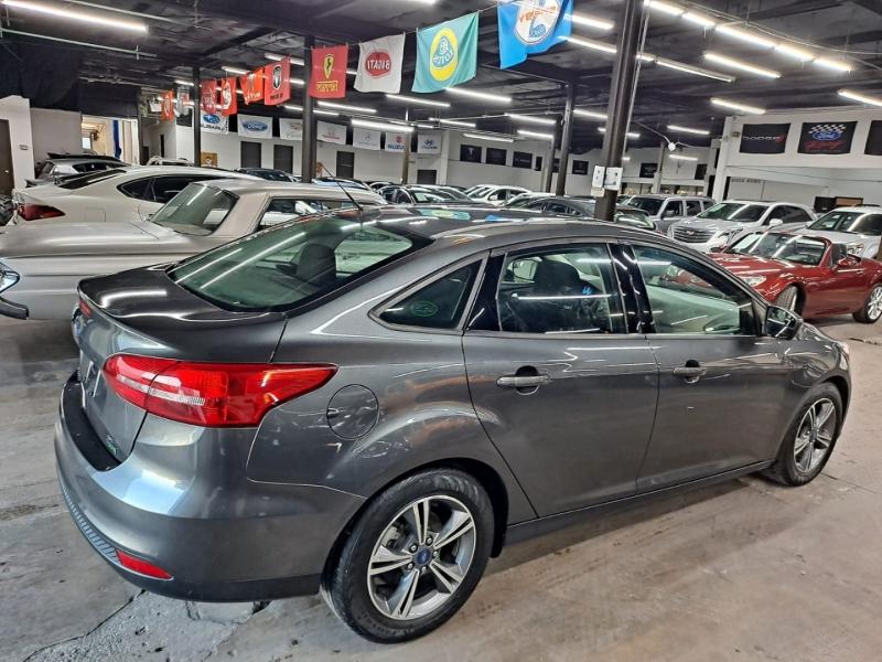 Ford Focus 2018 price $7,999 Cash