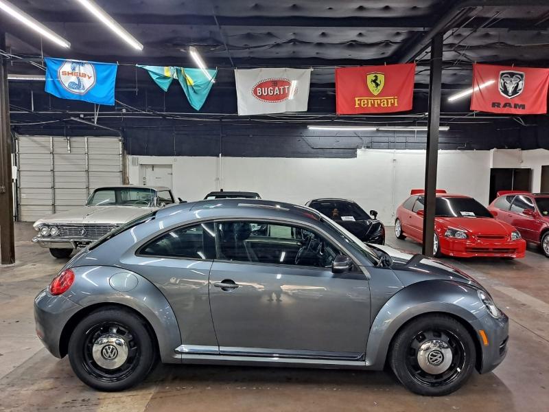 Volkswagen Beetle 2012 price $8,499 Cash