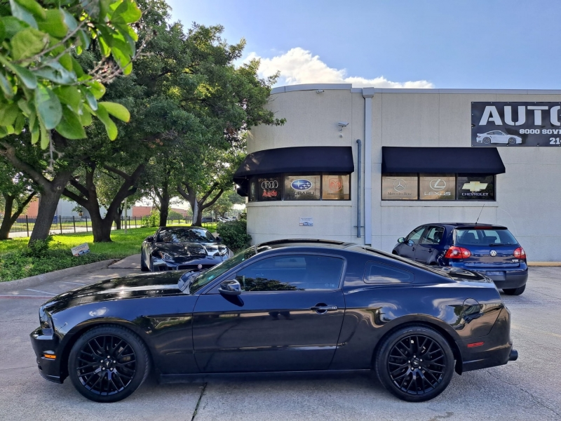 Ford Mustang 2014 price $13,999 Cash