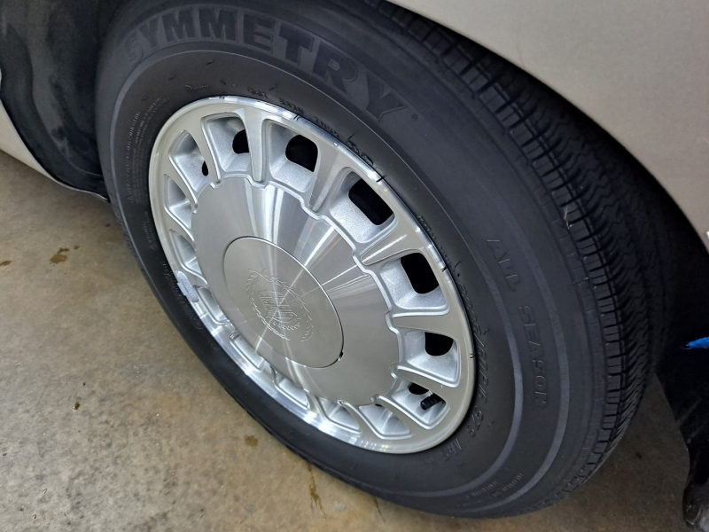 Cadillac Deville 1998 price $7,999 Cash