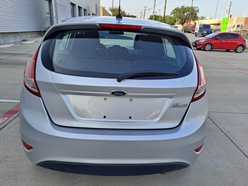 Ford Fiesta 2016 price $6,999 Cash