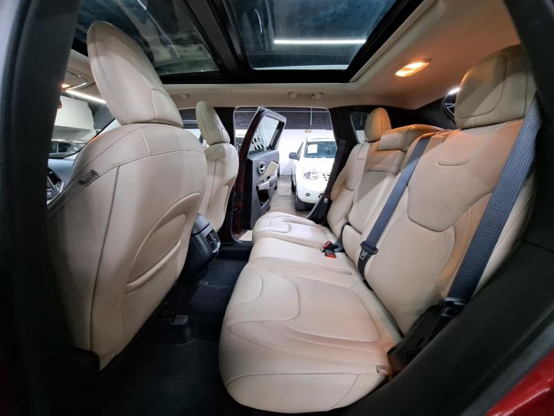 Jeep Cherokee 2017 price $17,999 Cash
