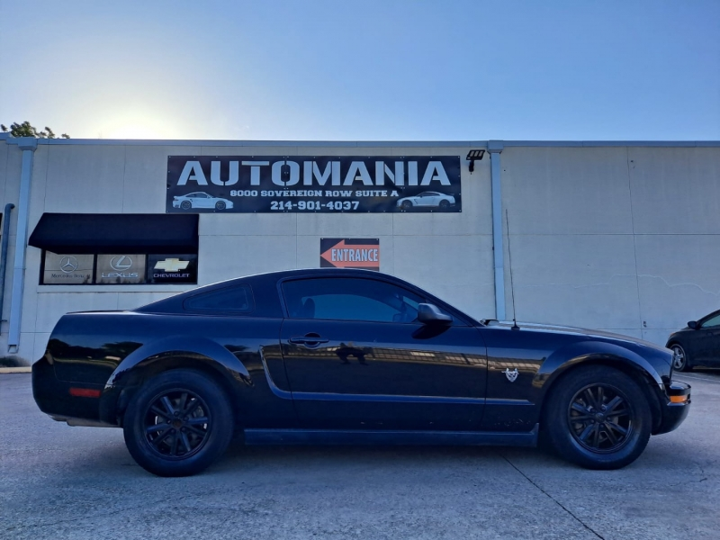 Ford Mustang 2009 price $9,999 Cash