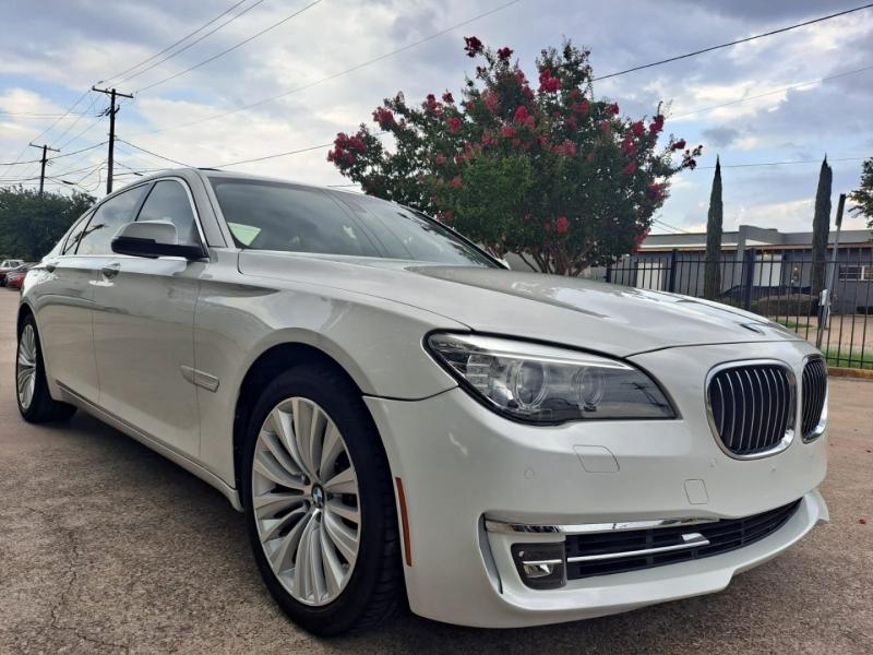 BMW 7-Series 2015 price $29,999 Cash