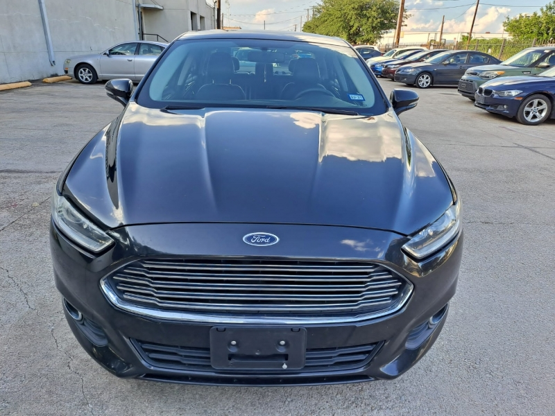 Ford Fusion 2013 price $8,999 Cash