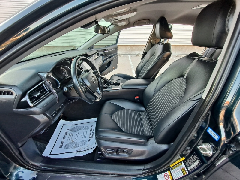 Toyota Camry 2019 price $20,999 Cash