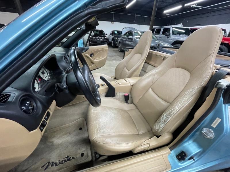 Mazda MX-5 Miata 2001 price $7,499 Cash
