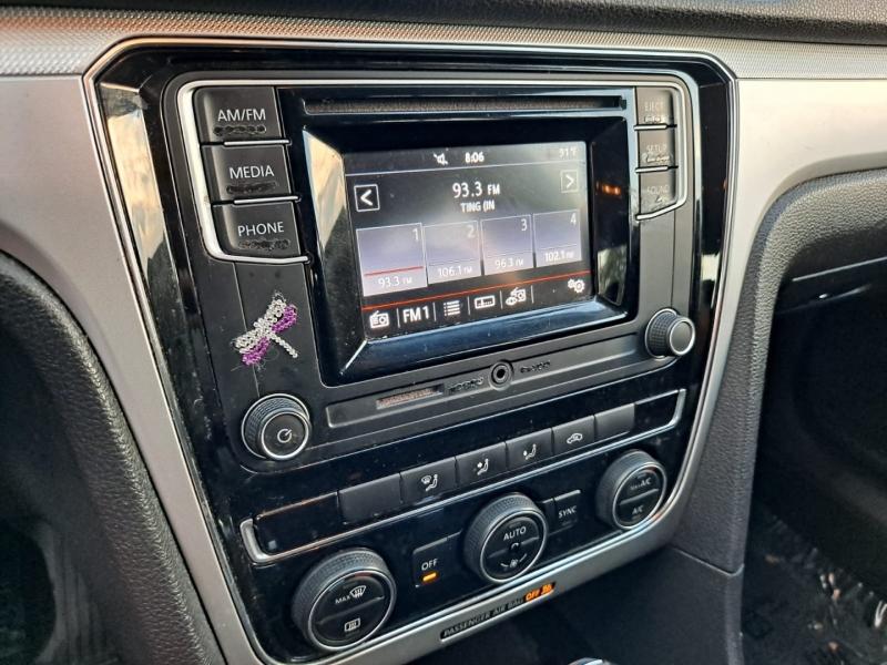 Volkswagen Passat 2016 price $9,999 Cash