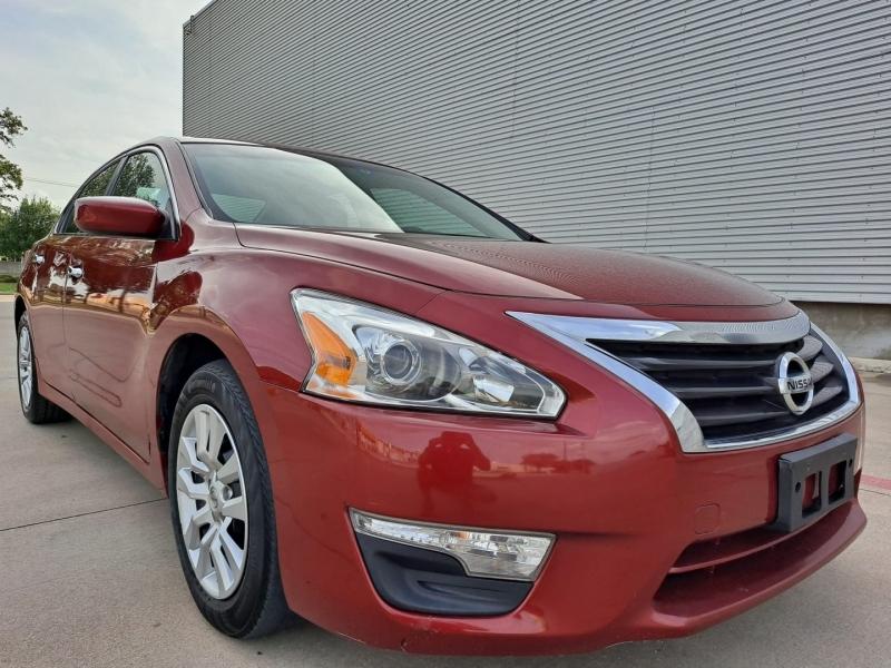 Nissan Altima 2013 price $10,999 Cash
