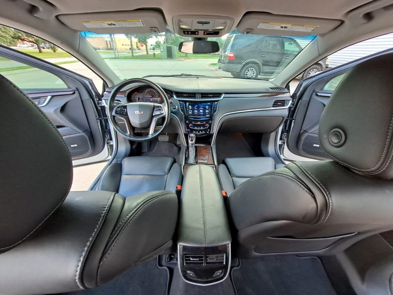 Cadillac XTS 2017 price $21,999 Cash