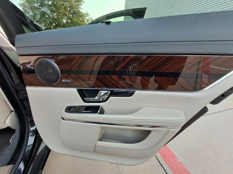 Jaguar XJ 2013 price $43,999 Cash