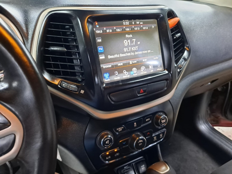 Jeep Cherokee 2017 price $15,999 Cash