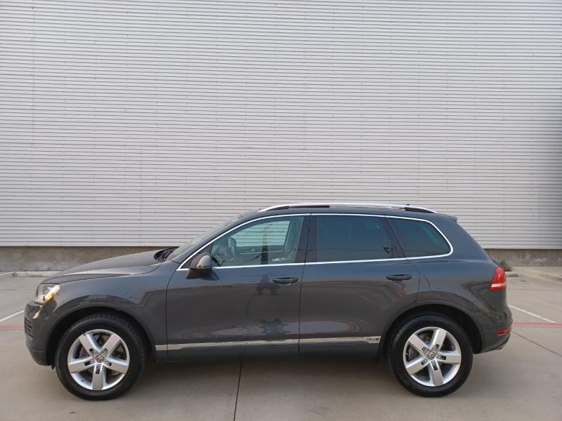 Volkswagen Touareg 2011 price $16,999 Cash