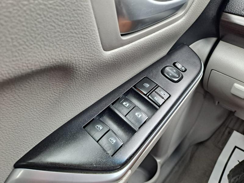 Toyota Camry 2015 price $11,999 Cash