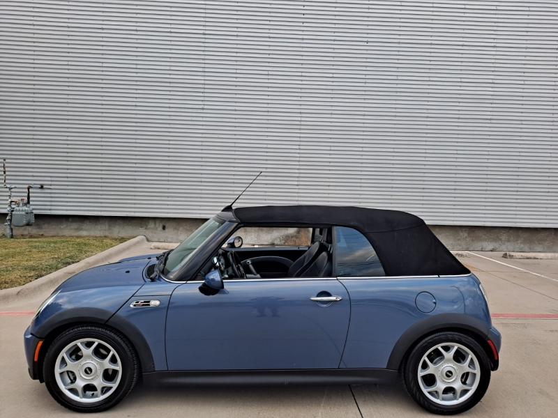 Mini Cooper Convertible 2007 price $7,999 Cash