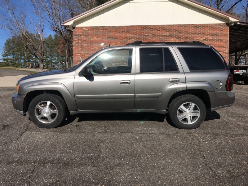 CHEVROLET TRAILBLAZER 2005 price $4,499