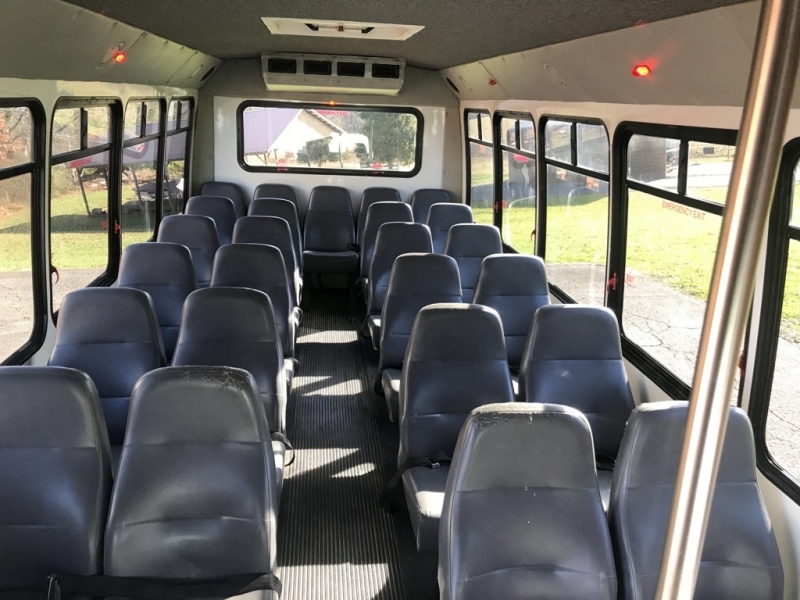 FORD E450 BUS 2013 price $8,999