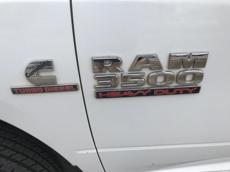 RAM 3500 UTILITY 2016 price $28,999