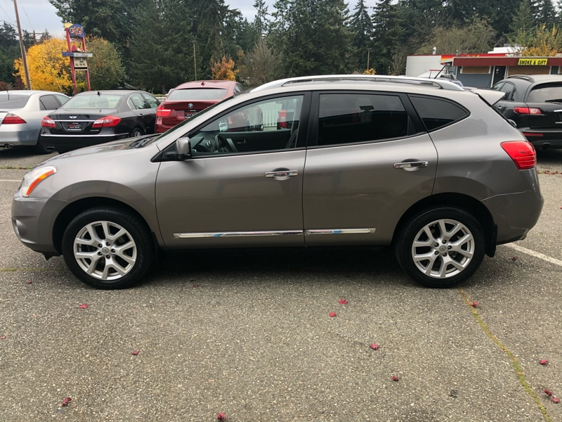 Nissan Rogue 2013 price $8,950