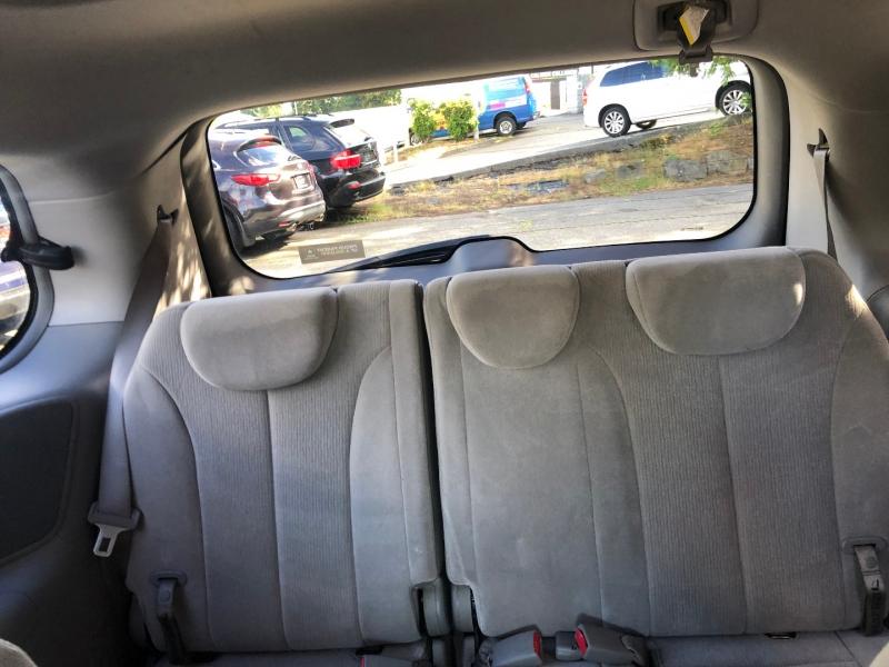 Kia Sedona 2006 price $5,550