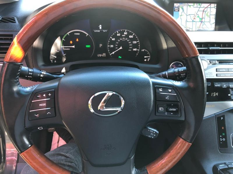 Lexus RX 450h 2011 price $16,950