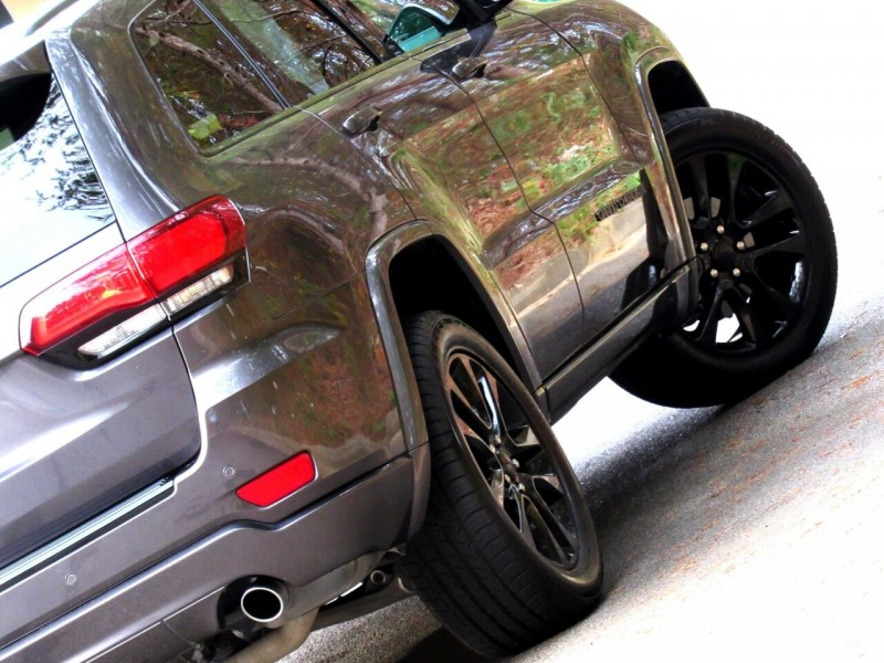 Jeep Grand Cherokee 2018 price $22,883