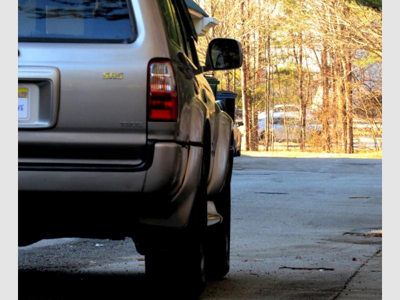 Toyota 4Runner 2002 price $11,997