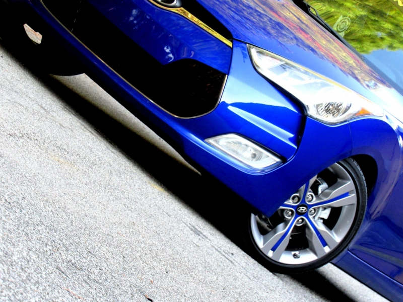 Hyundai Veloster 2012 price $9,899