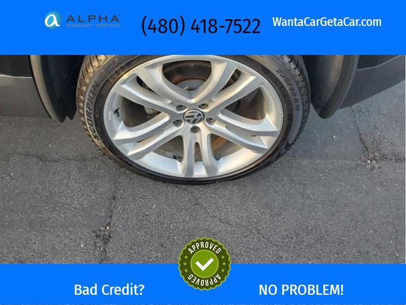 Volkswagen Tiguan 2013 price $12,324