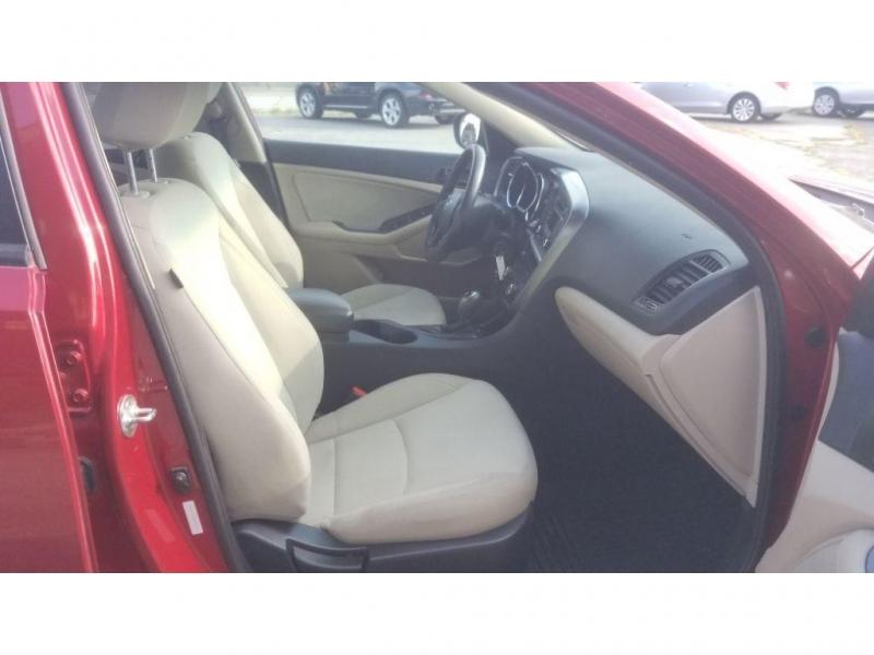 Kia Optima 2012 price $8,898