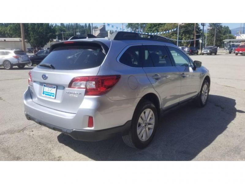 Subaru Outback 2017 price $14,980