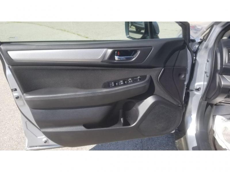 Subaru Outback 2017 price $15,980