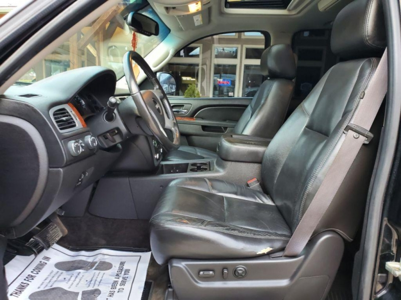 GMC Yukon XL 2011 price $19,995