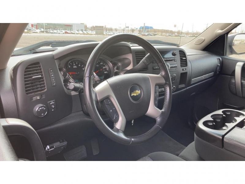 Chevrolet Silverado 2013 price $28,980